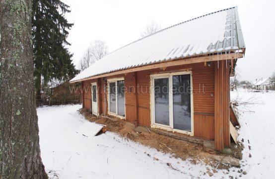 Namas Senosios Varėnos kaime su 0.0657 ha. sklypu