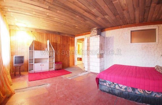 Parduodamos 3 kambarių (73 kv.m.) patalpos Varėnos mieste