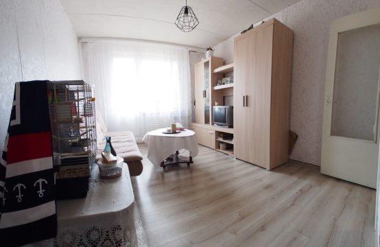 Parduodamas erdvus 1 kambario butas